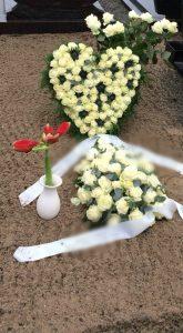 afscheid aankleding bij het graf